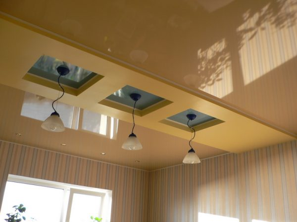 классический цвет потолка для кухни