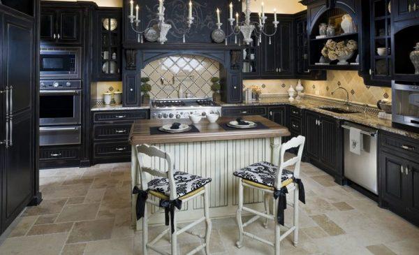 черная классика на кухне