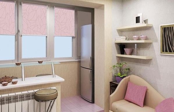 Кухня с утеплённым балконом и стеной