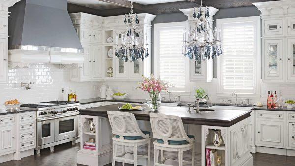 великолепие и роскошь белого в классической кухне