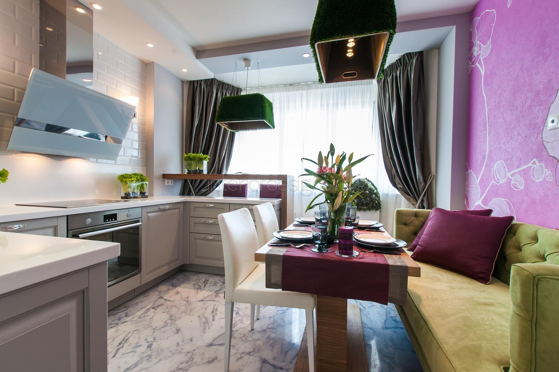Дизайн кухни 15 кв.м с диваном и балконом