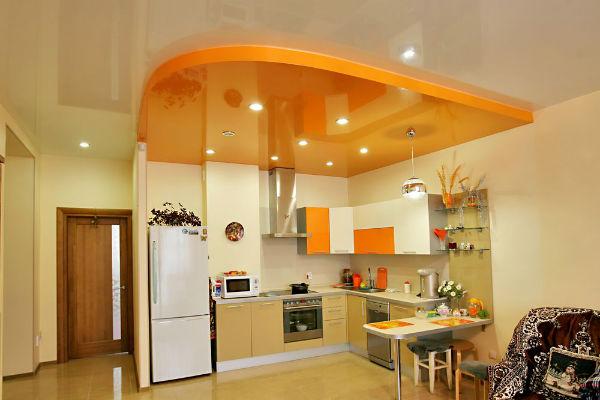 солнечный оранжевый потолок