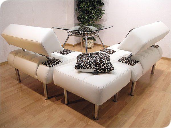 угловой спальный диван для маленькой кухни