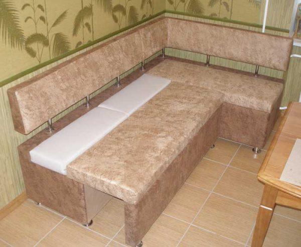 спальный диван для маленькой кухни