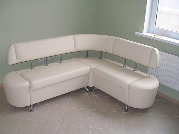 угловой диван из эко-кожи