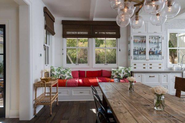 спальный уголок для маленькой кухни