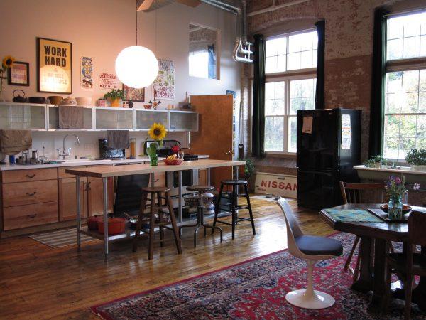 ковёр на современной кухне