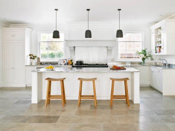 Угловая современная кухня