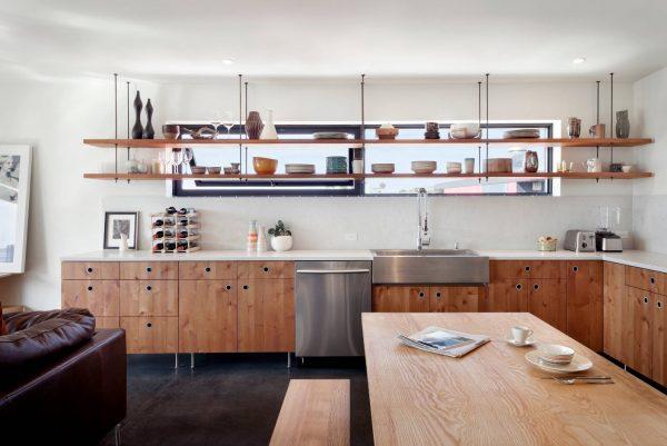 Дизайн для кухни 2017 года с открытыми полками