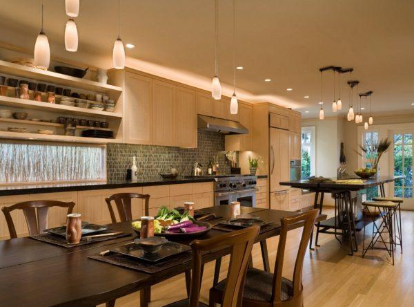Дизайн для кухни 2017 года со стильным освещением