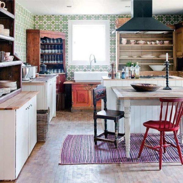 деревянные буфеты на кухне в стиле кантри
