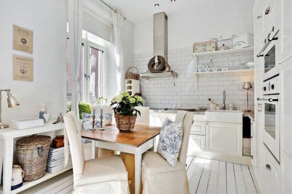 белый цвет на кухне в стиле кантри