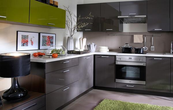 кухонный серый гарнитур