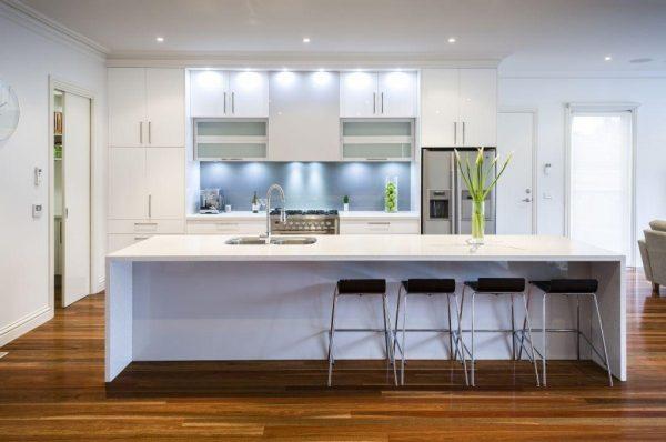 Встроенная подсветка на кухне
