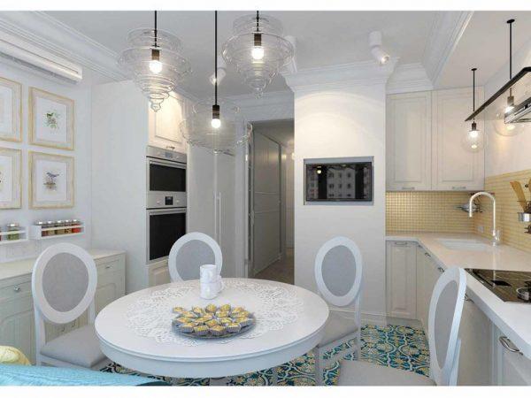 Кухня с мебелью у стен