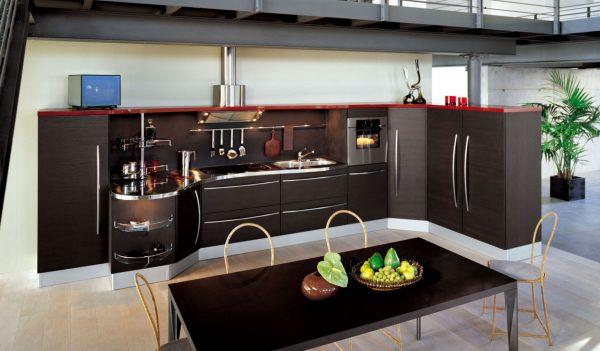 кухня модерн без навесных шкафов