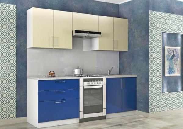 Кухня экономкласса в голубых тонах