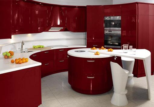 полукруглая красная кухня