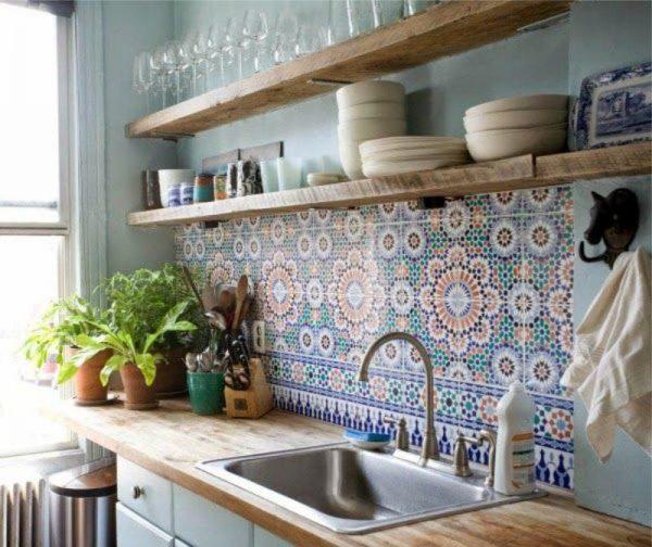 фартук с изразцами в интерьере кухни