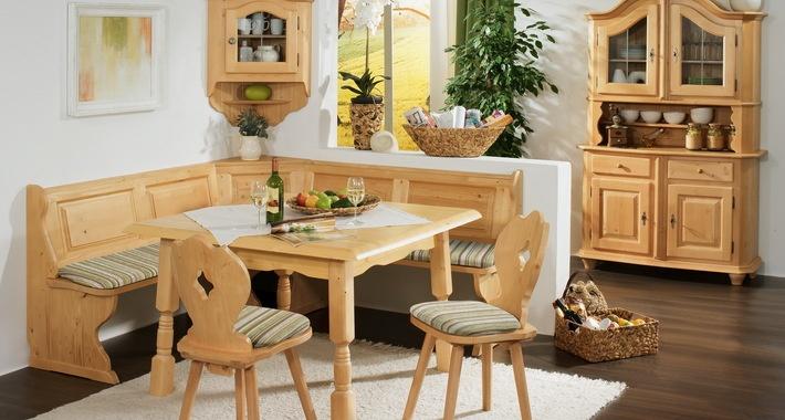 Кухонный уголок в деревенском стиле