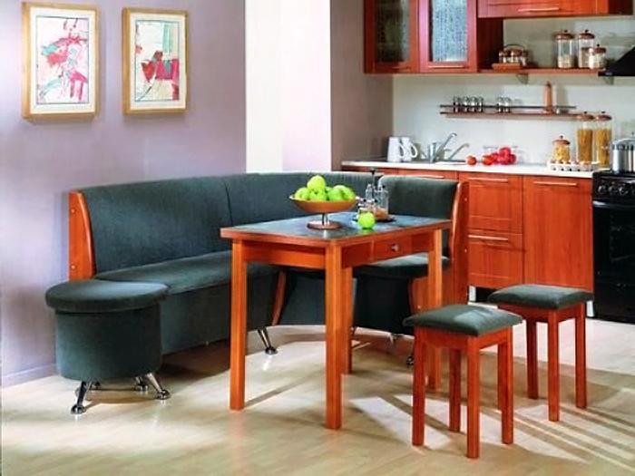 Кухонный диван полукруглой формы