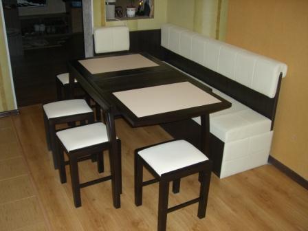 Раздвижной столик к уголку