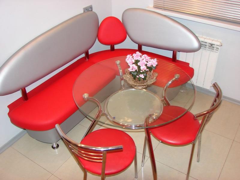 кухонный уголок красный