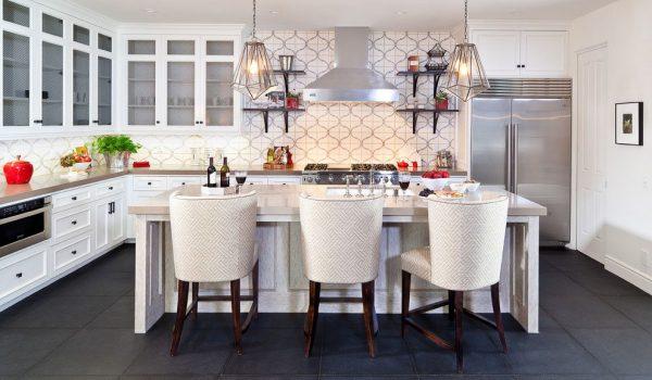 лаконичные обои для угловой кухни