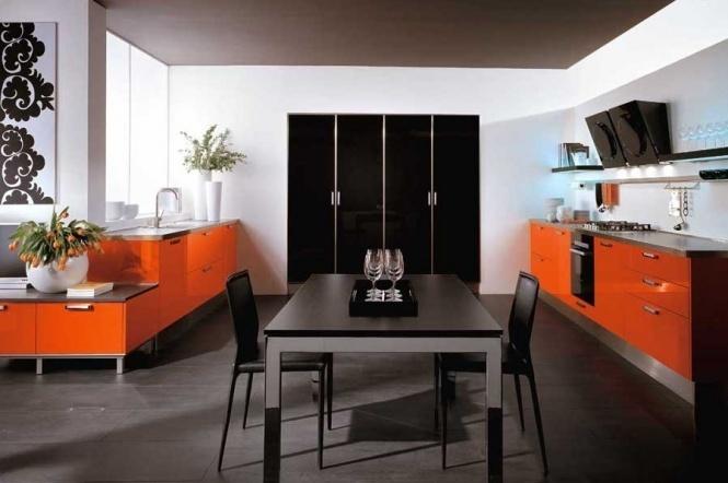 оранжевые шкафы
