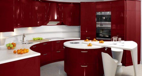 глянцевые вишнёвые фасады кухни