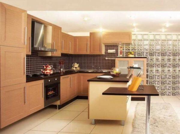 кухня в шоколадно бежевых цветах