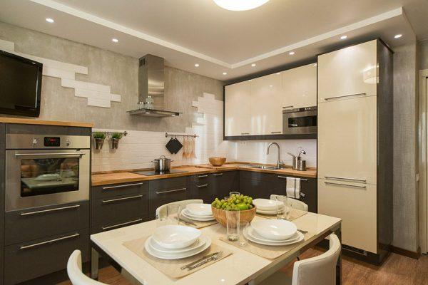 Кухня в бежевых тонах