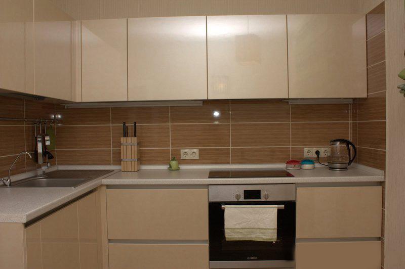 угловая кухня 8 кв.м в стиле минимализм