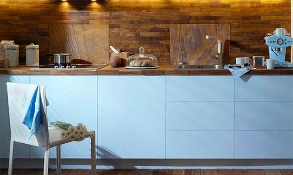 Керамическая плитка под дерево для стен кухни